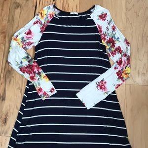 12pm by Mon Ami T-shirt dress Sz L
